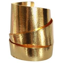 Herve van der Straeten Gilden Brass Ribbon Motif Cuff