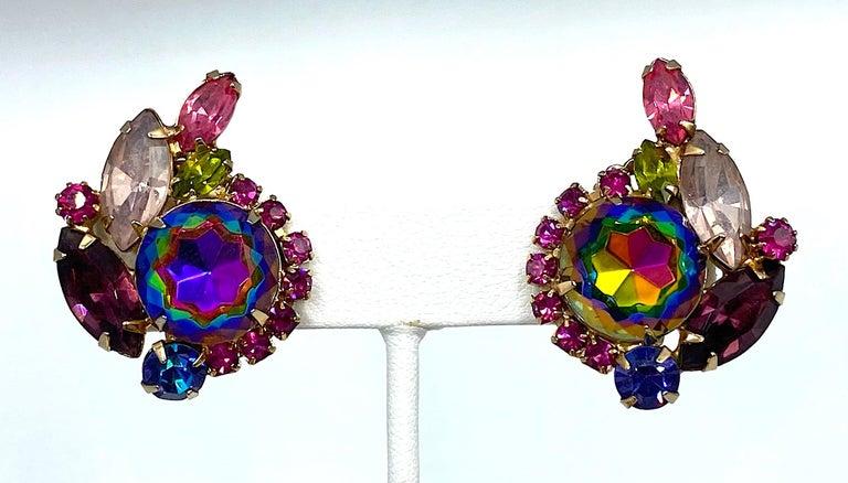 Hettie Carnegie 1950s Large Pink, Purple, Blue & Green Brooch & Earrings Set For Sale 7