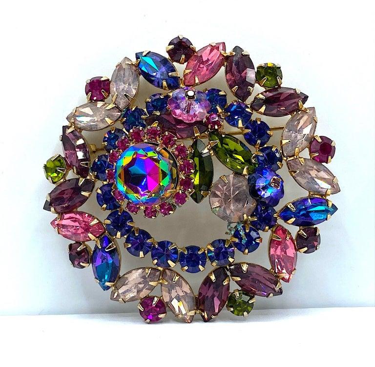 Hettie Carnegie 1950s Large Pink, Purple, Blue & Green Brooch & Earrings Set For Sale 8