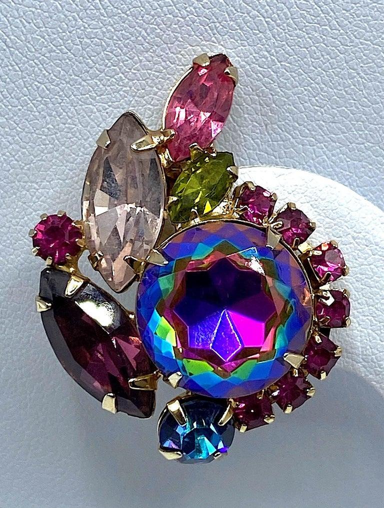 Hettie Carnegie 1950s Large Pink, Purple, Blue & Green Brooch & Earrings Set For Sale 4