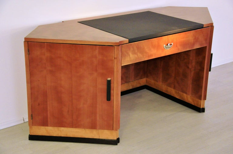 Sechseckiger Art Deco Schreibtisch aus Kirschbaumholz und Mahagoni 10