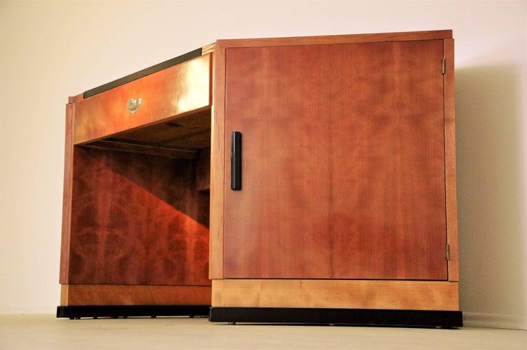 Sechseckiger Art Deco Schreibtisch aus Kirschbaumholz und Mahagoni 2