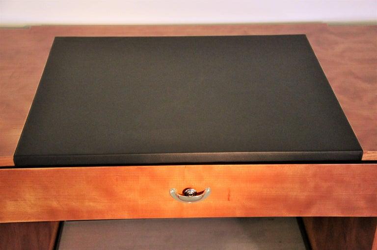 Sechseckiger Art Deco Schreibtisch aus Kirschbaumholz und Mahagoni 3