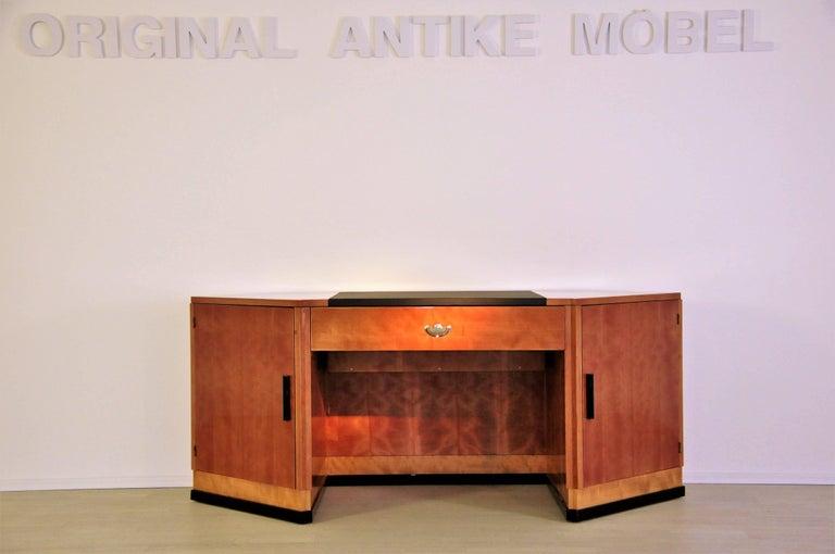 Sechseckiger Art Deco Schreibtisch aus Kirschbaumholz und Mahagoni 9