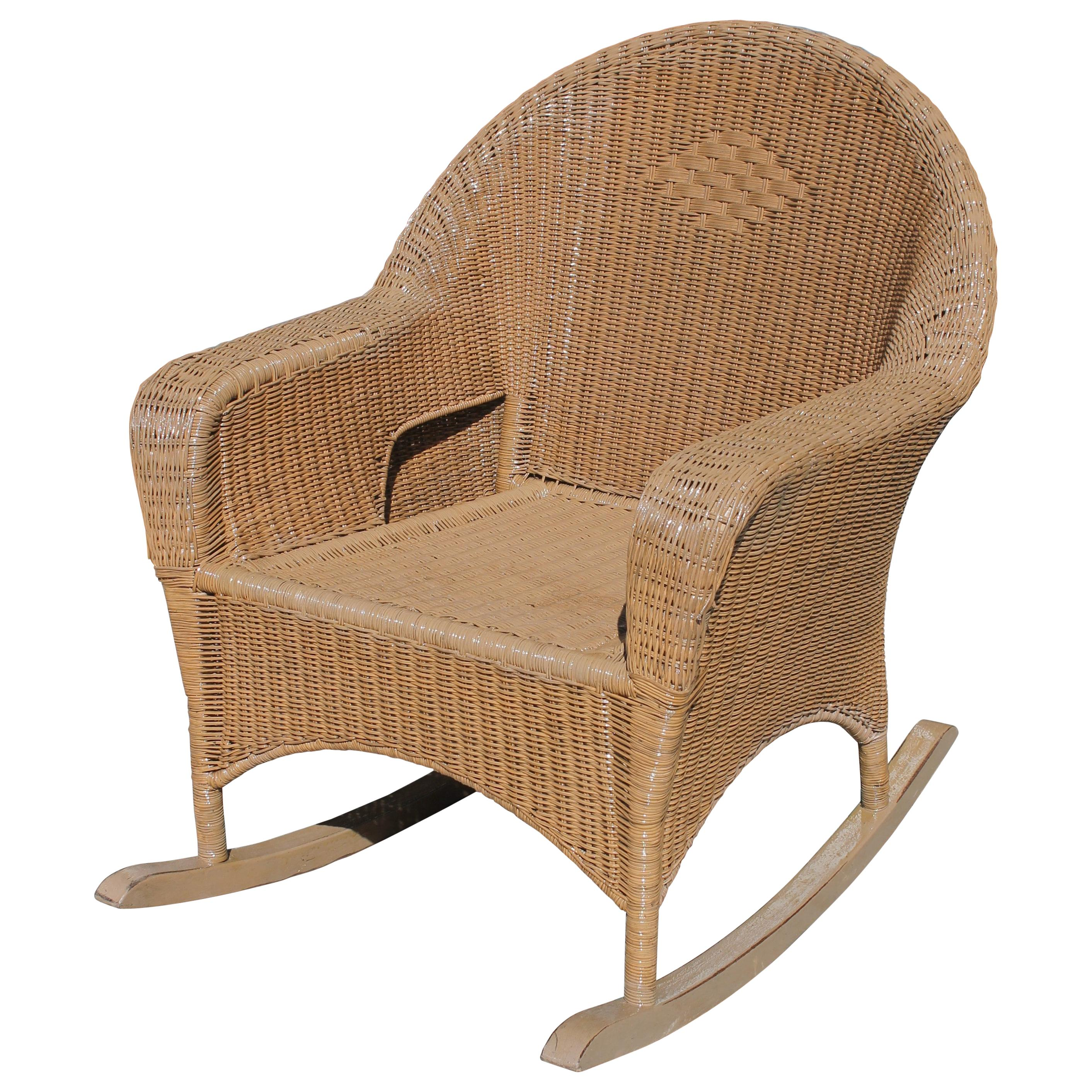 Awesome Antique And Vintage Rocking Chairs 1 009 For Sale At 1Stdibs Ibusinesslaw Wood Chair Design Ideas Ibusinesslaworg