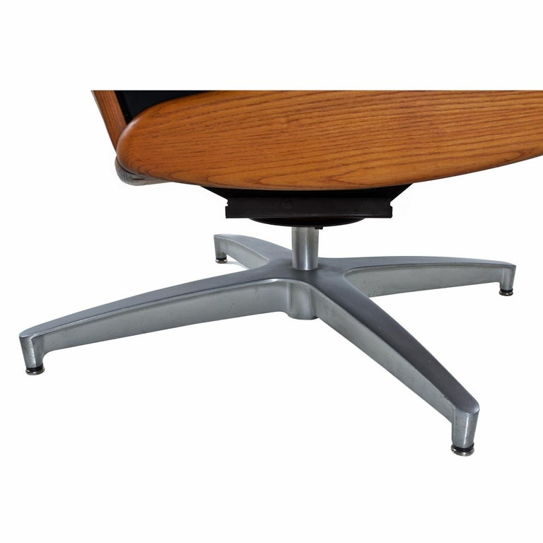 American Heywood Wakefield 710D Black Naugahyde Swivel Rocker Lounge Chair and Ottoman For Sale