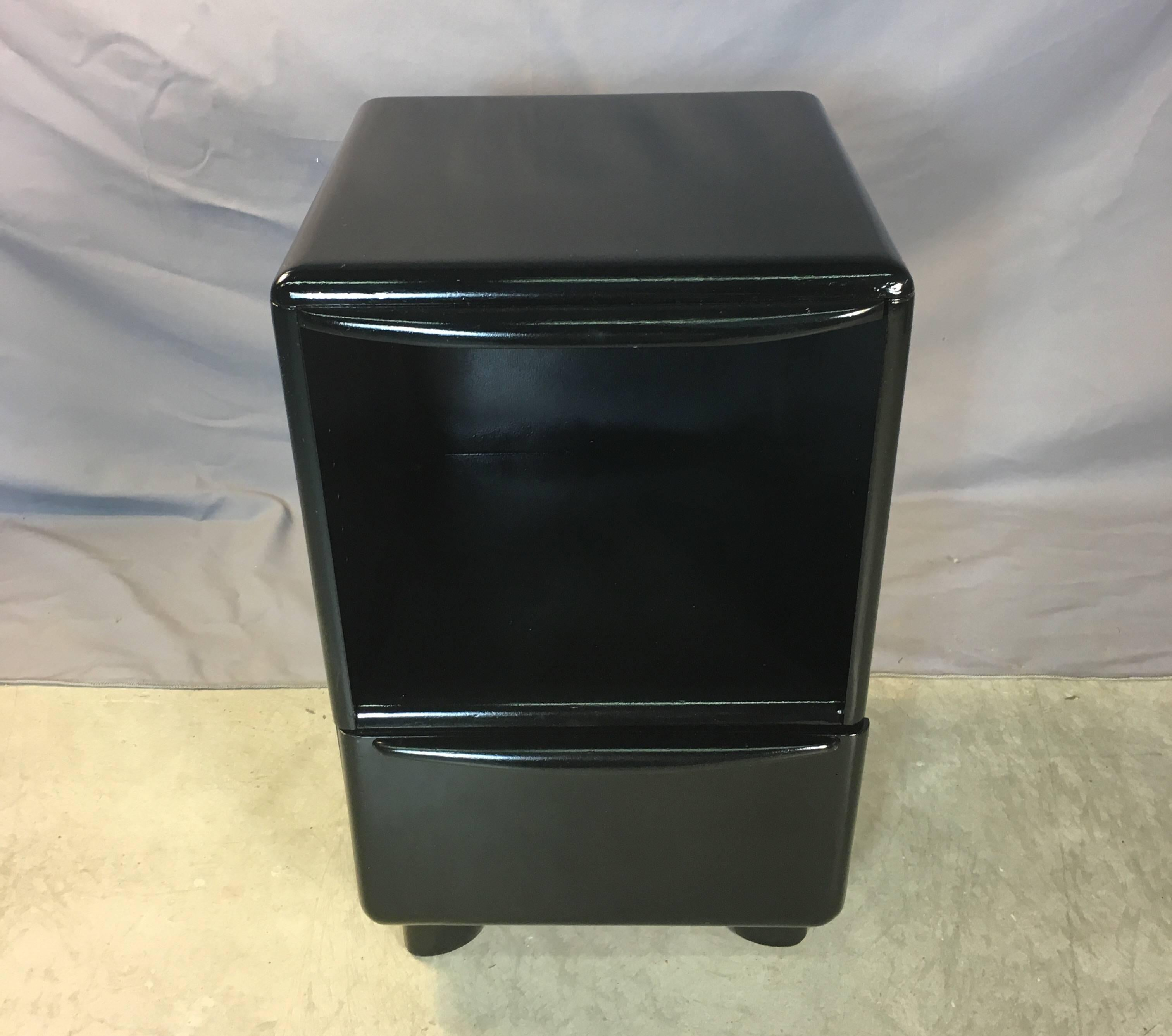 Vintage Heywood Wakefield Refinished In Black Lacquer Single Nightstand  With A Drawer For Storage. Newly