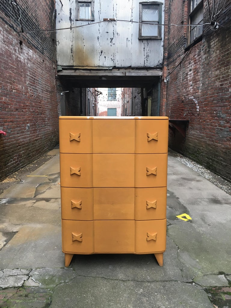 Mid-Century Modern Heywood Wakefield Maple Rio Dresser For Sale