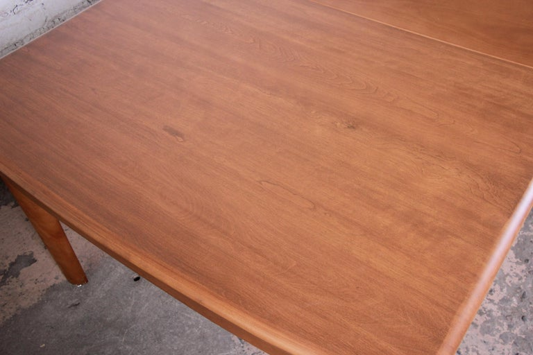 Heywood Wakefield Mid-Century Modern Extension Dining Table and Chairs 2