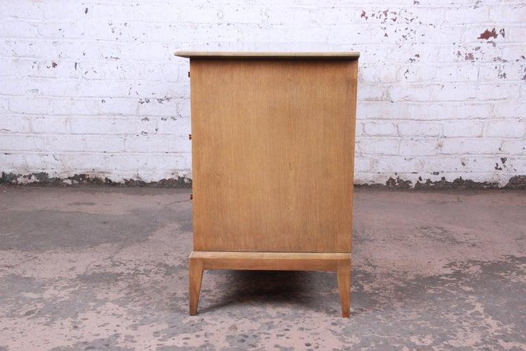 Heywood Wakefield Mid-Century Modern Six-Drawer Dresser 4