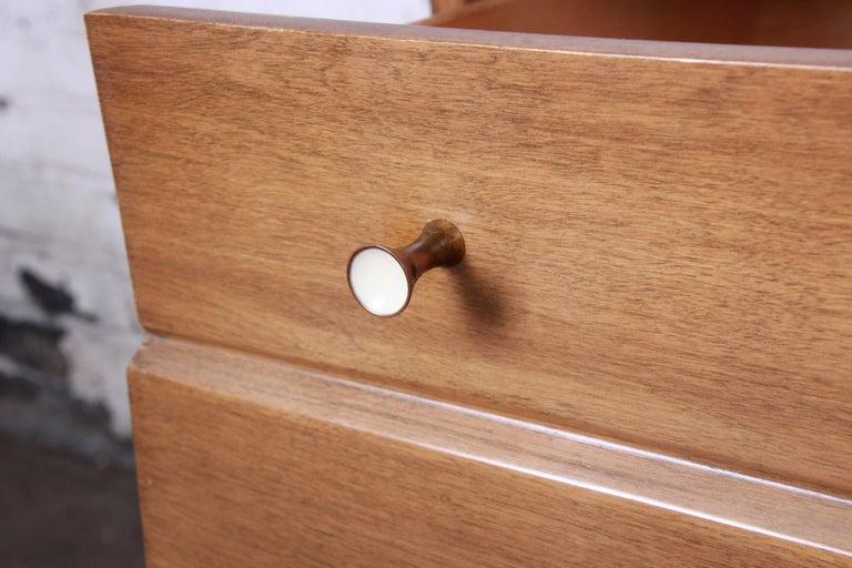 Heywood Wakefield Mid-Century Modern Six-Drawer Dresser 2