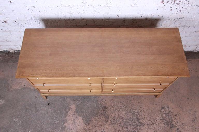 Heywood Wakefield Mid-Century Modern Six-Drawer Dresser 3