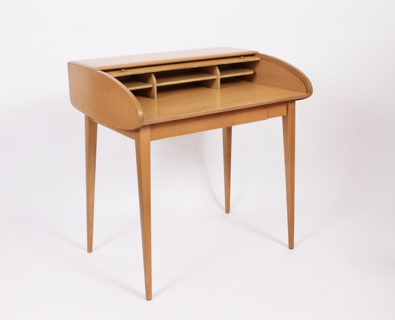 Heywood-Wakefield Streamlined Tambour Desk, 1960s 5