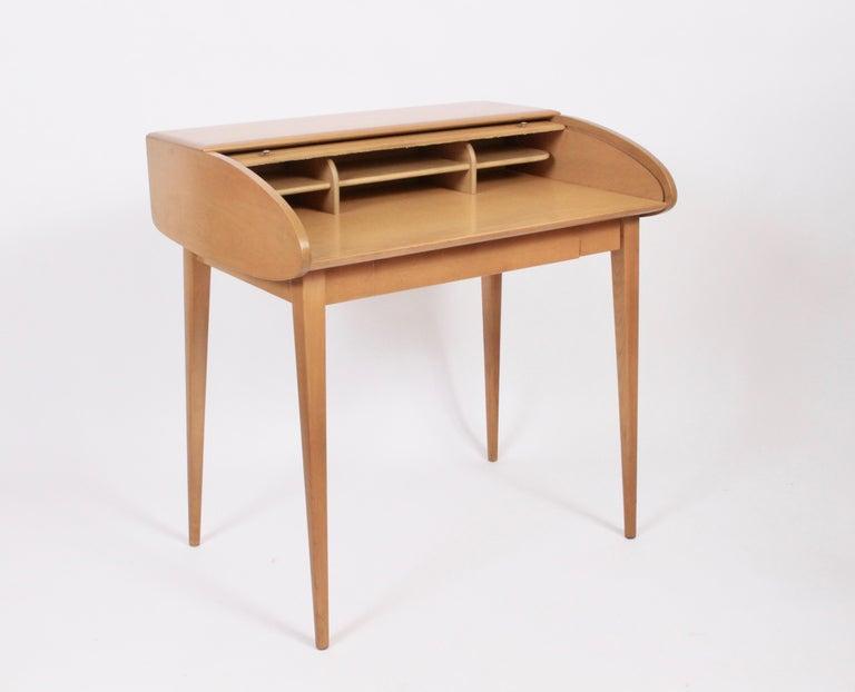 Mid-Century Modern Heywood-Wakefield Streamlined Tambour Desk, 1960s
