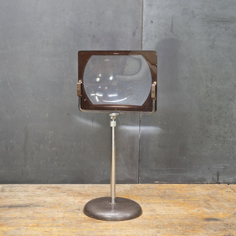 Hi Def Television Magnifier Magnifying Glass Lens Stand
