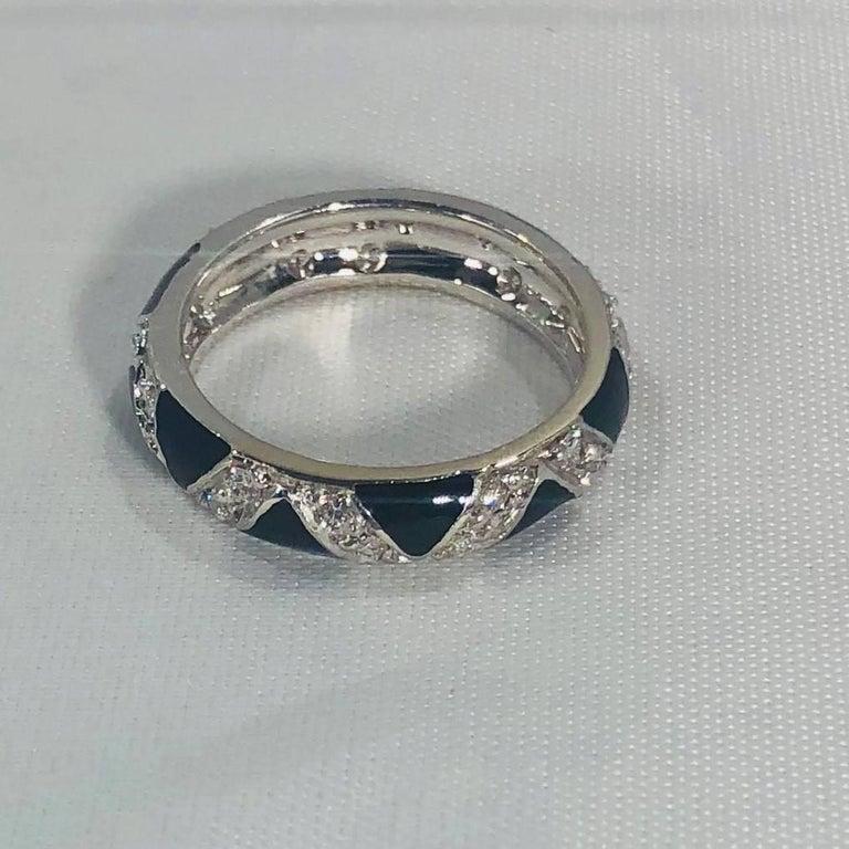 Modern Hidalgo 18 Karat White Gold Diamonds and Black Enamel Stackable Band Ring For Sale