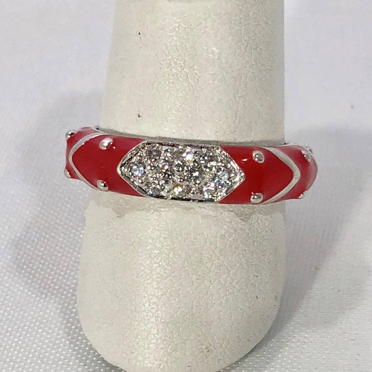 Modern Hidalgo 18 Karat White Gold Diamonds and Red Enamel Stackable Ring For Sale