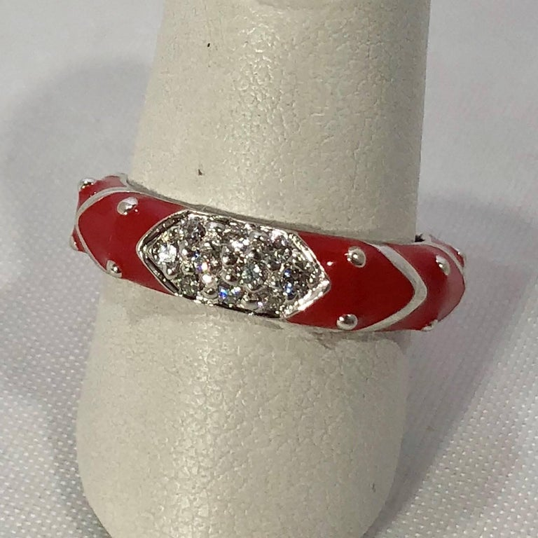Round Cut Hidalgo 18 Karat White Gold Diamonds and Red Enamel Stackable Ring For Sale