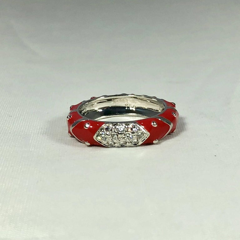Women's or Men's Hidalgo 18 Karat White Gold Diamonds and Red Enamel Stackable Ring For Sale