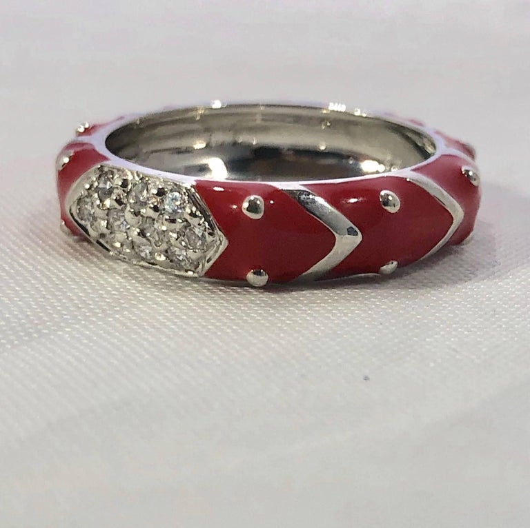 Hidalgo 18 Karat White Gold Diamonds and Red Enamel Stackable Ring For Sale 1