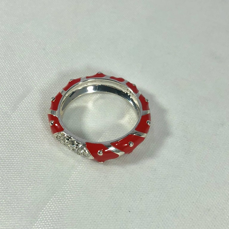 Hidalgo 18 Karat White Gold Diamonds and Red Enamel Stackable Ring For Sale 2