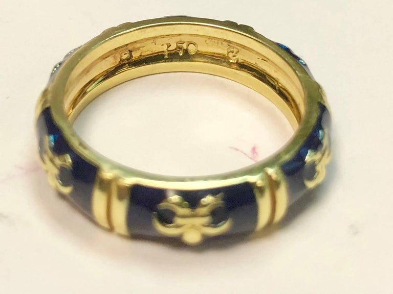 Hidalgo 18 Karat Yellow Gold and Enamel Fleur-de-Lys Stackable Band Ring For Sale 2