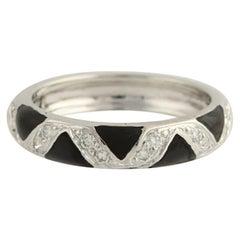 Hidalgo .24 Carat Round Brilliant Diamond Ring 18k Gold Black Enamel Zig-Zag