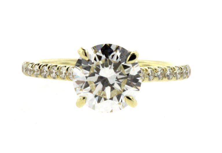 A hidden halo is the perfect type of engagement ring for someone who wants a little something extra on their engagement ring but wants to be discreet about the details. Hidden halos are the perfect way to achieve both the classic solitaire look with