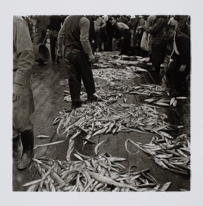 Hideoki Hagiwara Black and White Photograph - Hideoki, Black & White Photography, Fishing Village, Japan, 1977