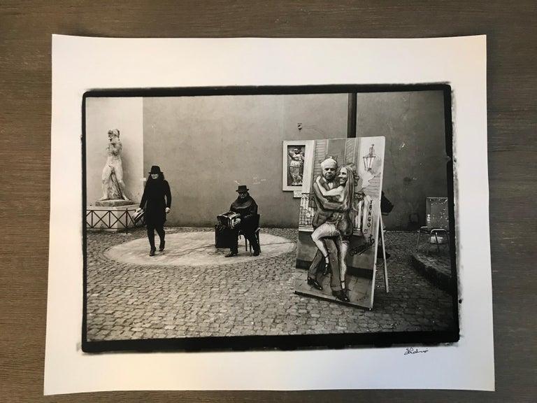 Hideoki, Black & White Photography, Untitled, Italy, 1994 - Gray Black and White Photograph by Hideoki Hagiwara