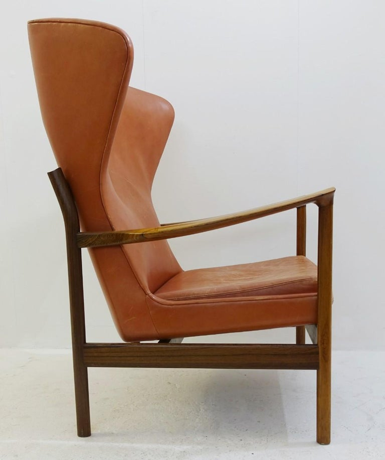 European High Back Armchair in Wood and Leather, Padding to Replace For Sale