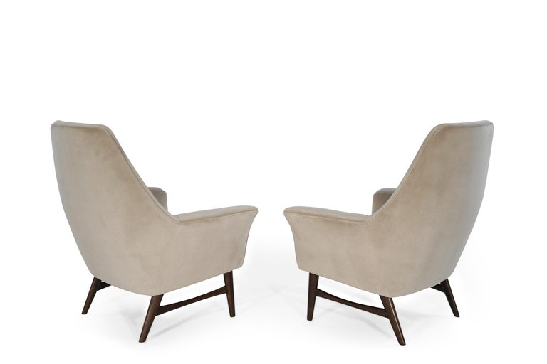 High-Back Lounge Chairs by Oscar Langlo in Alpaca Velvet, Norway, 1950s In Excellent Condition In Stamford, CT