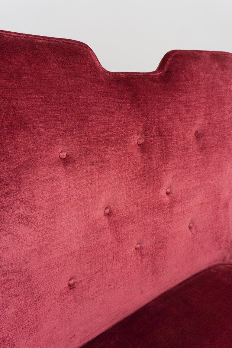 High Back Red Velvet Bench by Osvaldo Borsani, circa 1940 For Sale 2