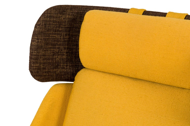 High Back Yellow Lounge Chairs by Augusto Bozzi for Saporiti, Italy, 1950s In Good Condition For Sale In New York, NY