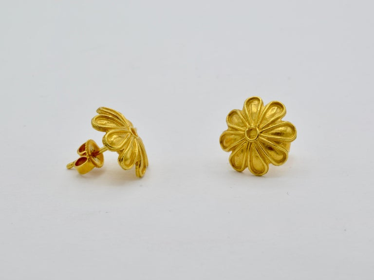 Egyptian Revival High Carat Yellow Gold Flower Post Earrings, a Museum Reproduction For Sale