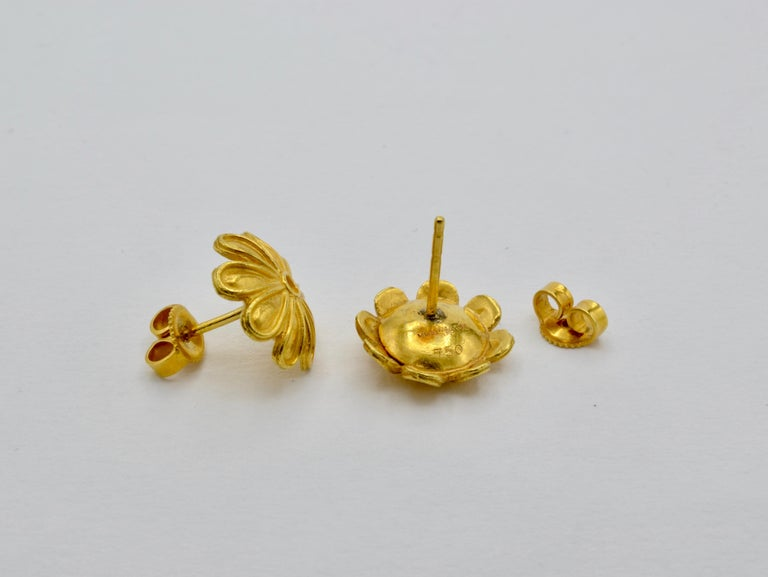 Gold Flower Post Earrings Museum Reproduction For Sale 1
