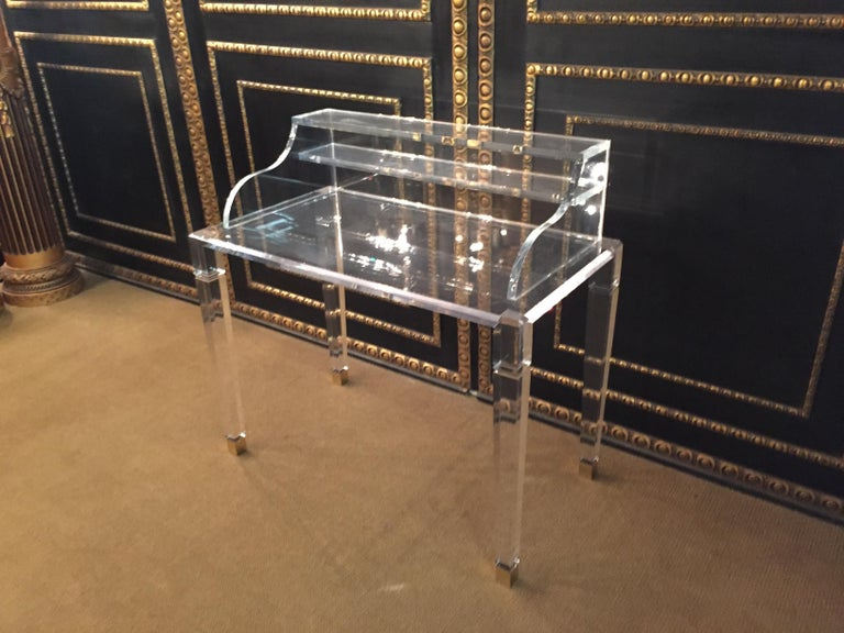 High quality acrylic desk stands on 4 high legs. Made in Italy