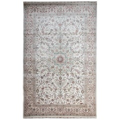 High Quality Vintage Chinese Herekeh Silk Rug with Traditional Area Rug