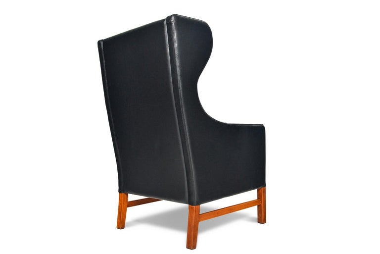 Danish Highback Black Leather Lounge Chair by Skipper Møbler For Sale