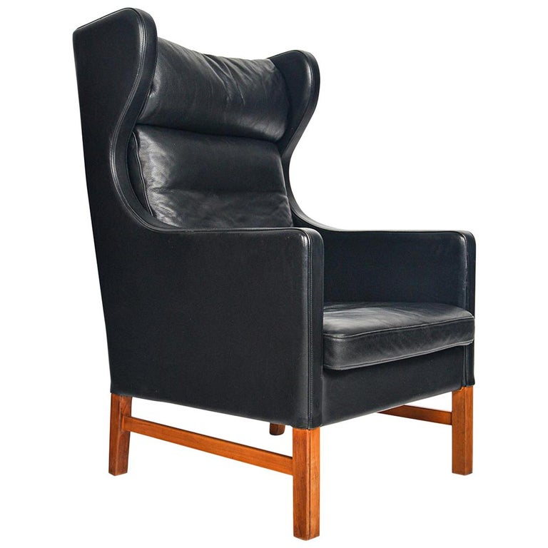 Highback Black Leather Lounge Chair by Skipper Møbler For Sale