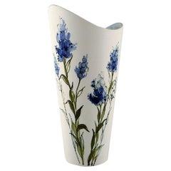 Hilkka-Liisa Ahola for Arabia, Vase in Glazed Ceramic, 1960s