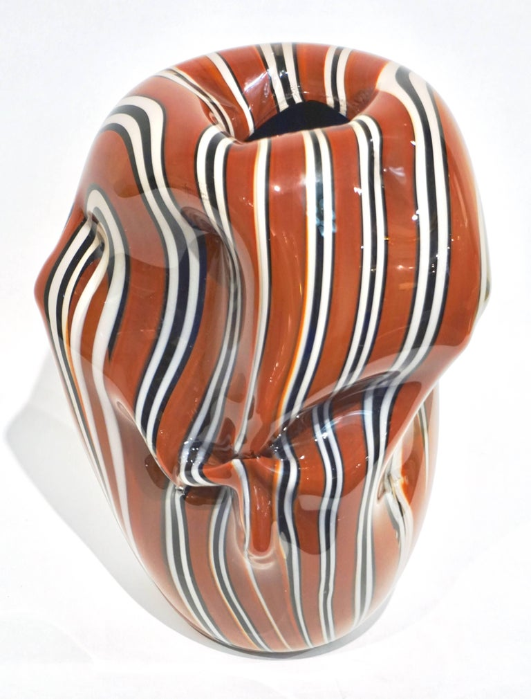 Hilton McConnico for Formia, 1990s Italian Brown Black White Murano Glass Vase In Excellent Condition For Sale In New York, NY