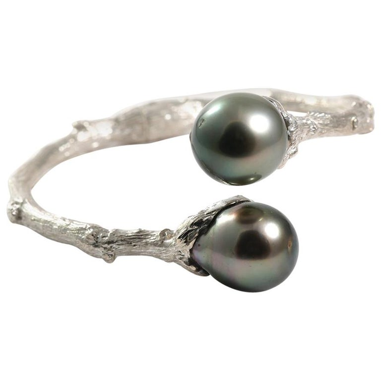 Hinged Bypass Bracelet in Sterling Silver with Tahitian Pearls For Sale