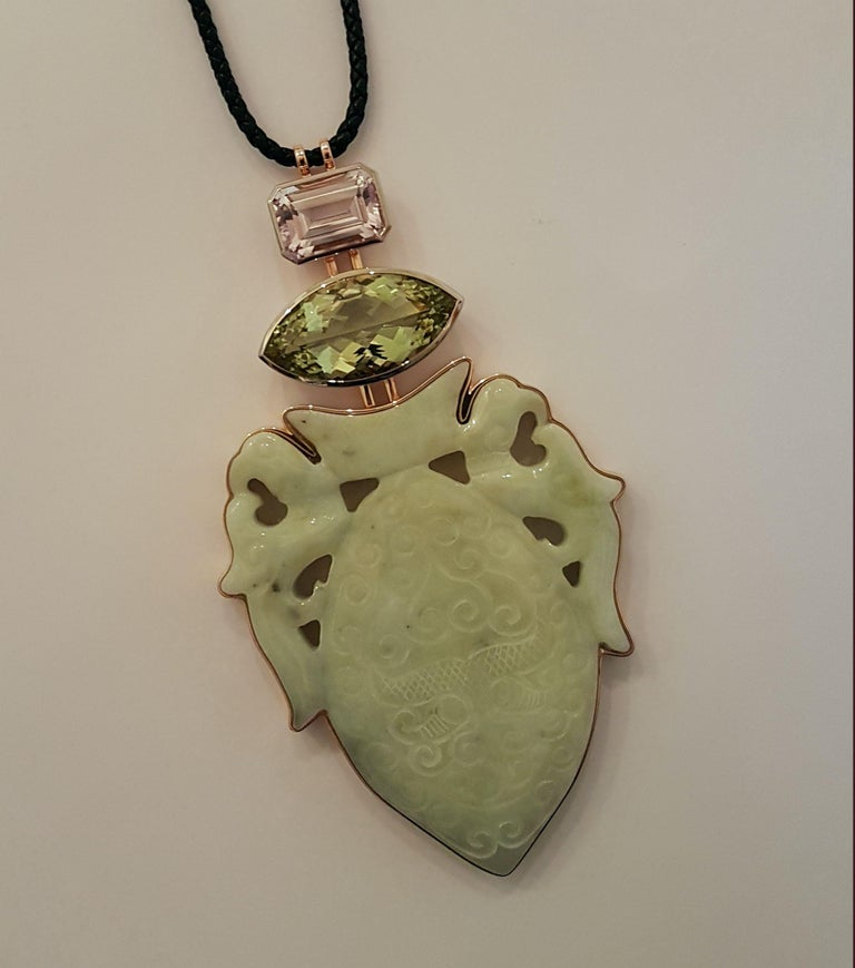 Historic Jade, Beryl '29.87 Carat,' Kunzite, White Gold Bronze Pendant by Wagner In New Condition For Sale In Berlin, DE