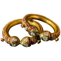 Historical Pair of Indian Bracelets Full of Diamonds 22-Carat Gold