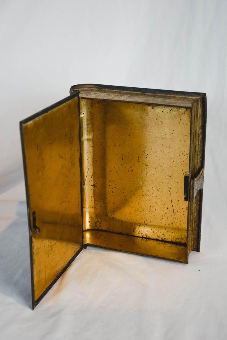 History De La Musique Metal Box For Sale 4