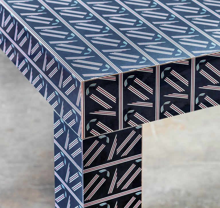 Graphic Table/Desk Black Hitan Wood and Laminates by Chapel Petrassi In New Condition For Sale In Le Perreux-sur-Marne, FR