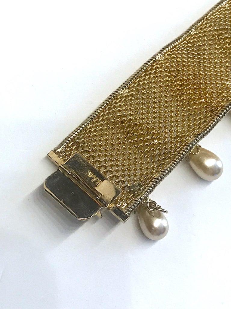 Hobe' 1950s Woven Mesh Bracelet with Pearl Dangles For Sale 3