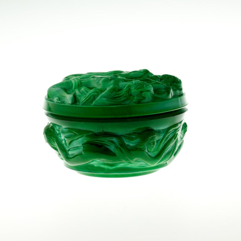 Hoffmann and Schlevogt Art Nouveau Malachite Glass Trinket Box In Good Condition For Sale In Lucenec, SK