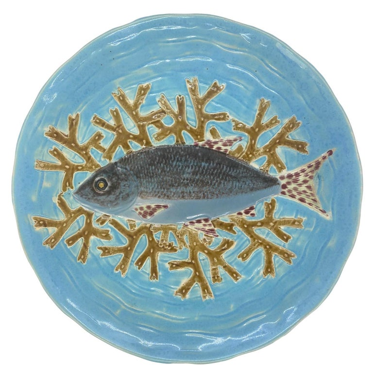 Holdcroft Majolica 7-Piece Salmon Service, Turquoise, English, circa 1875 For Sale 11